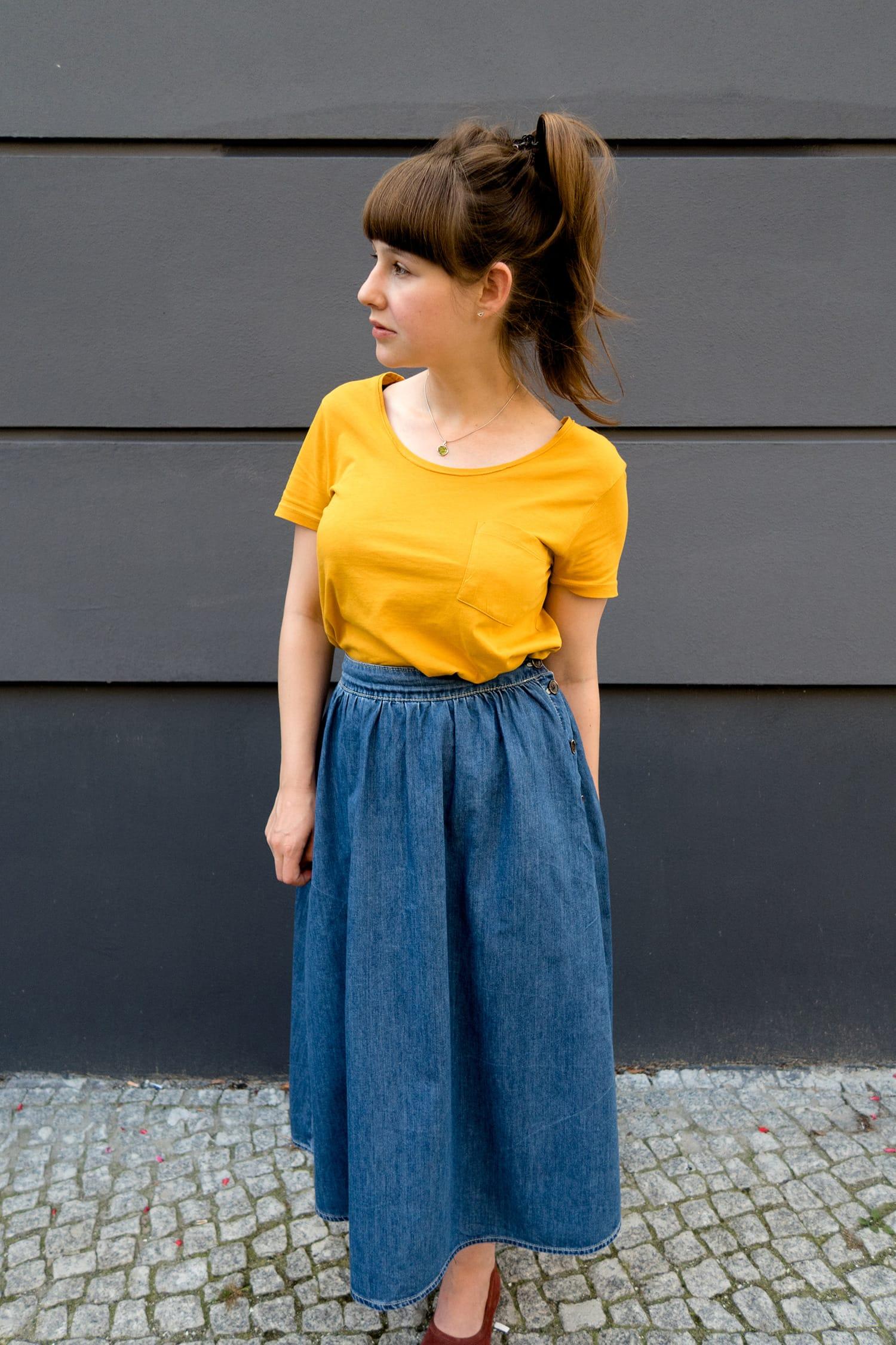 Jeansrock und T-Shirt | #momstyle | Fashion | Outfit | ivy.li
