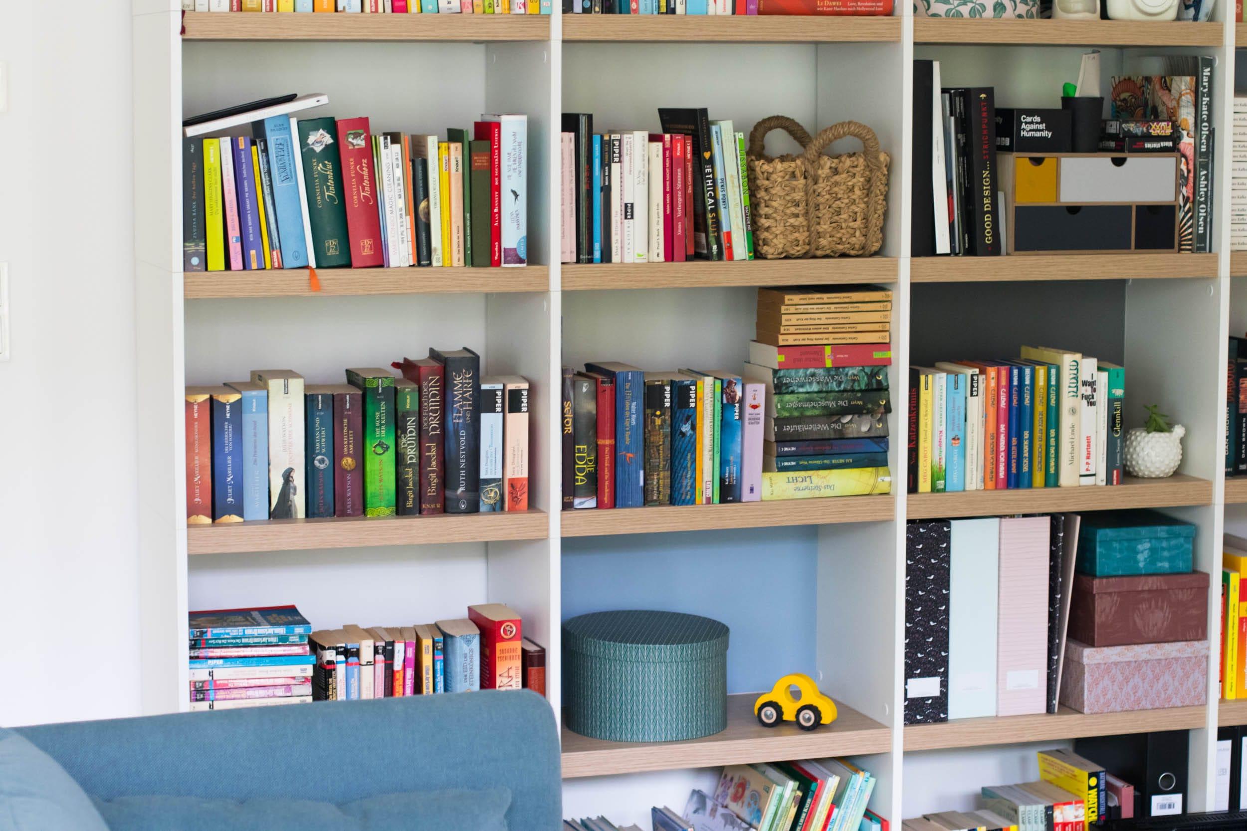7 Tipps für mehr Ordnung mit Kleinkind | Dtauram | Bücherregal Yomo | ivy.li