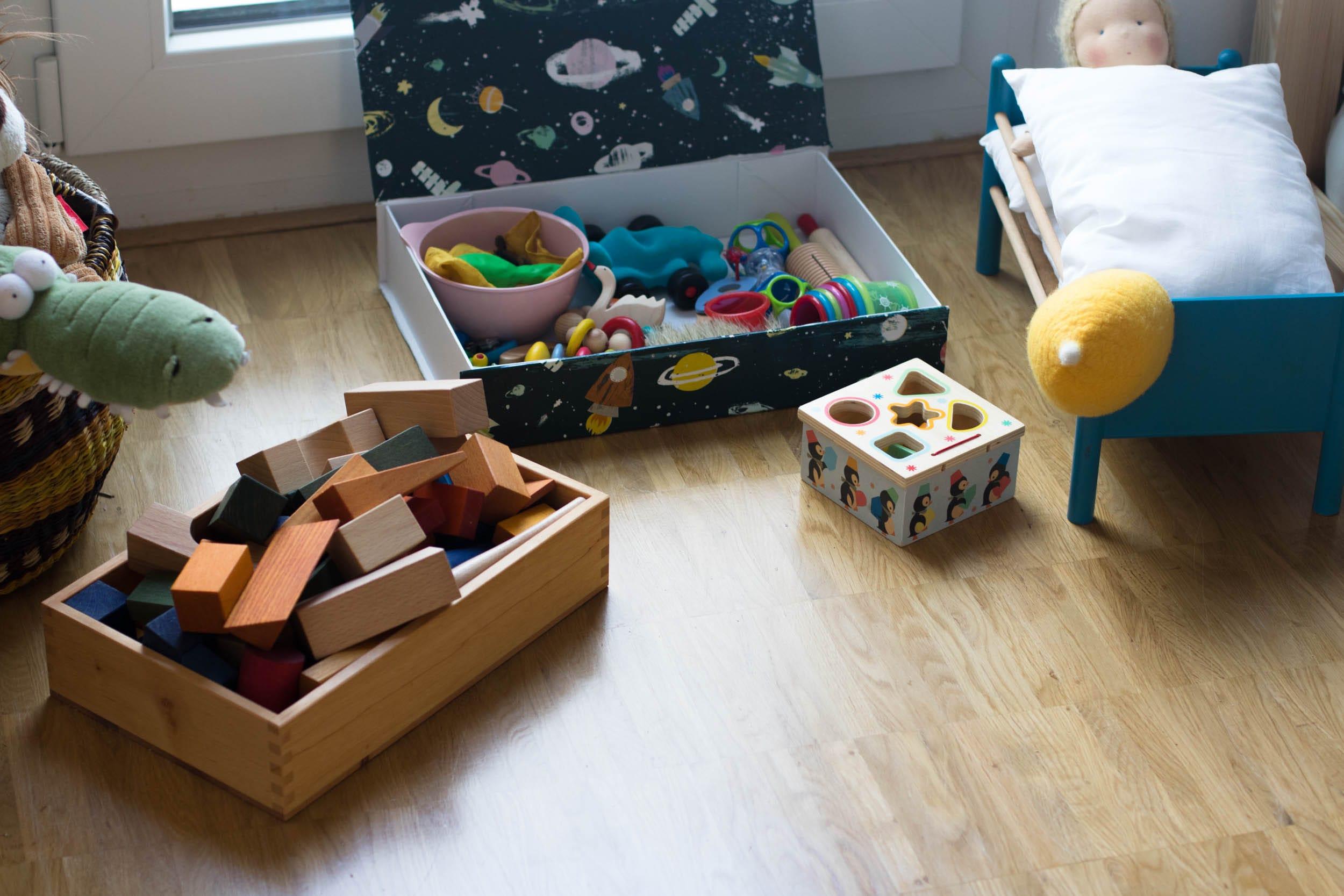 7 Tipps für mehr Ordnung mit Kleinkind | Kinderzimmer | Spielsachen | Spielzimmer | Minimalismus | ivy.li