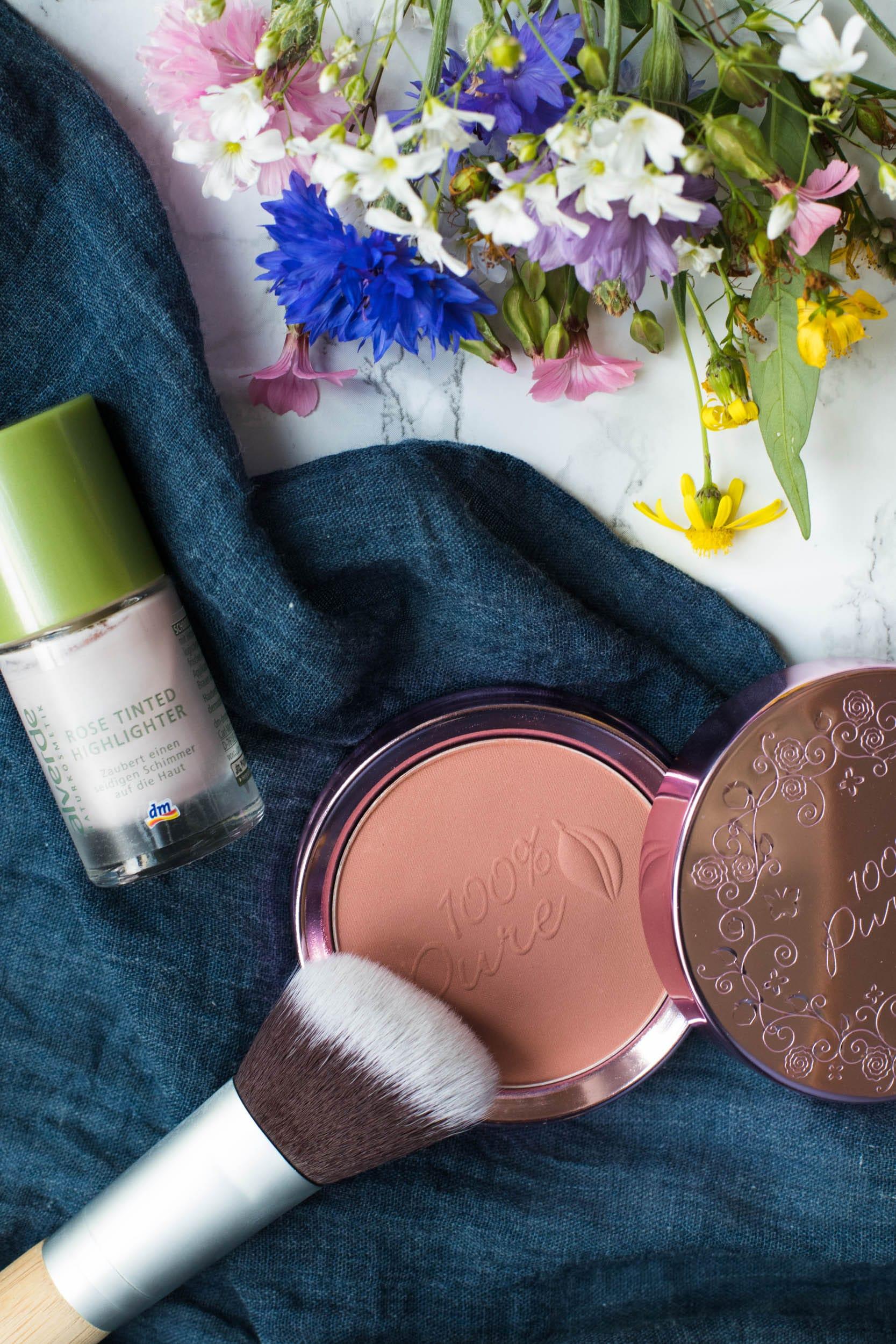Naturkosmetik | Rose Tinted Highlighter von Alverde | Powder Blush Pretty Naked von 100% Pure | ivy.li