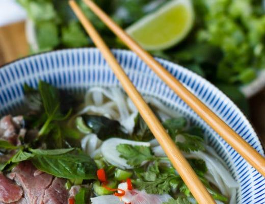 Phở bò | Phở tái | Vietnamesische Nudelsuppe mit Reisnudel und Rindfleisch