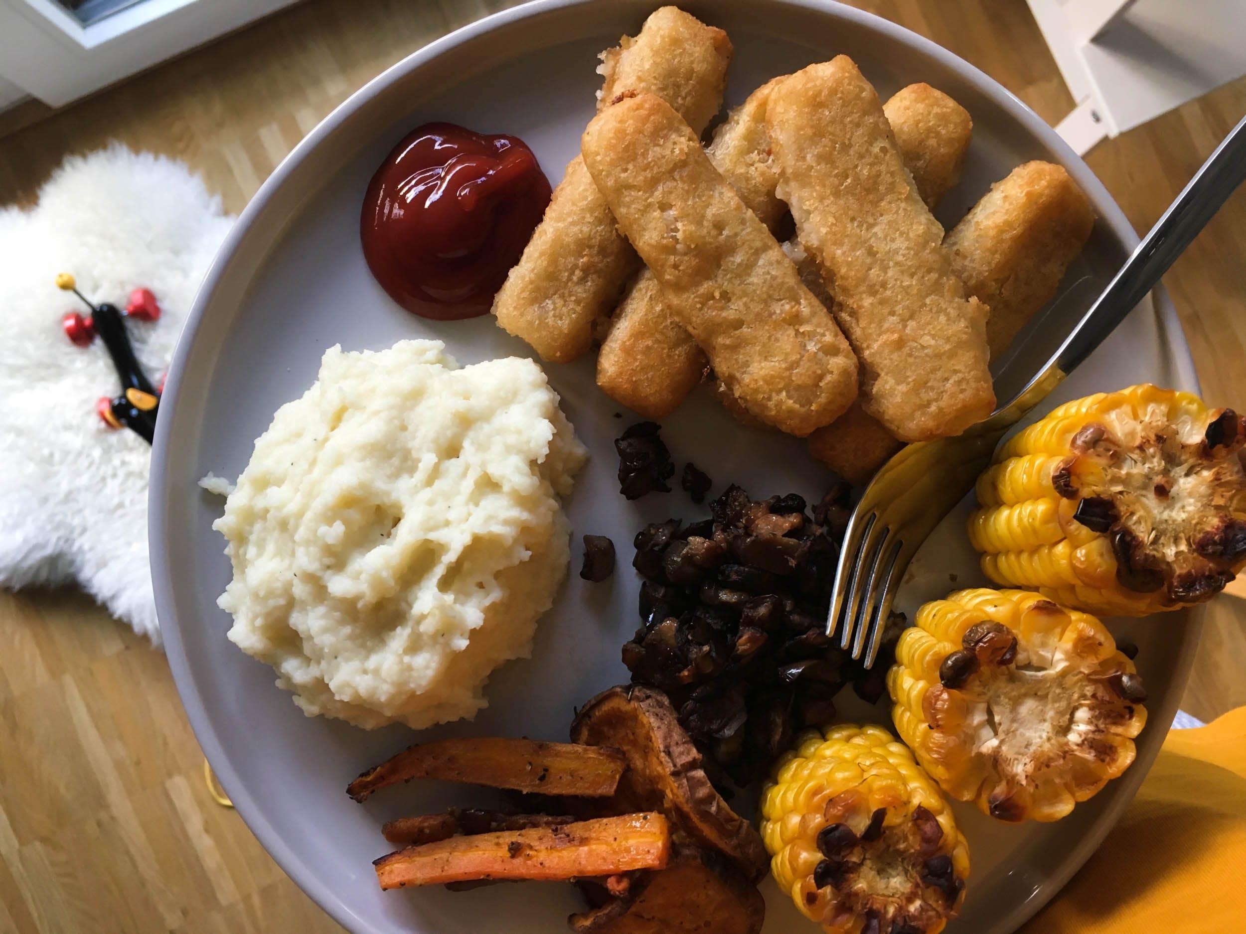 Backfischstäbchen | Ofengemüse | Abendessen | ivy.li