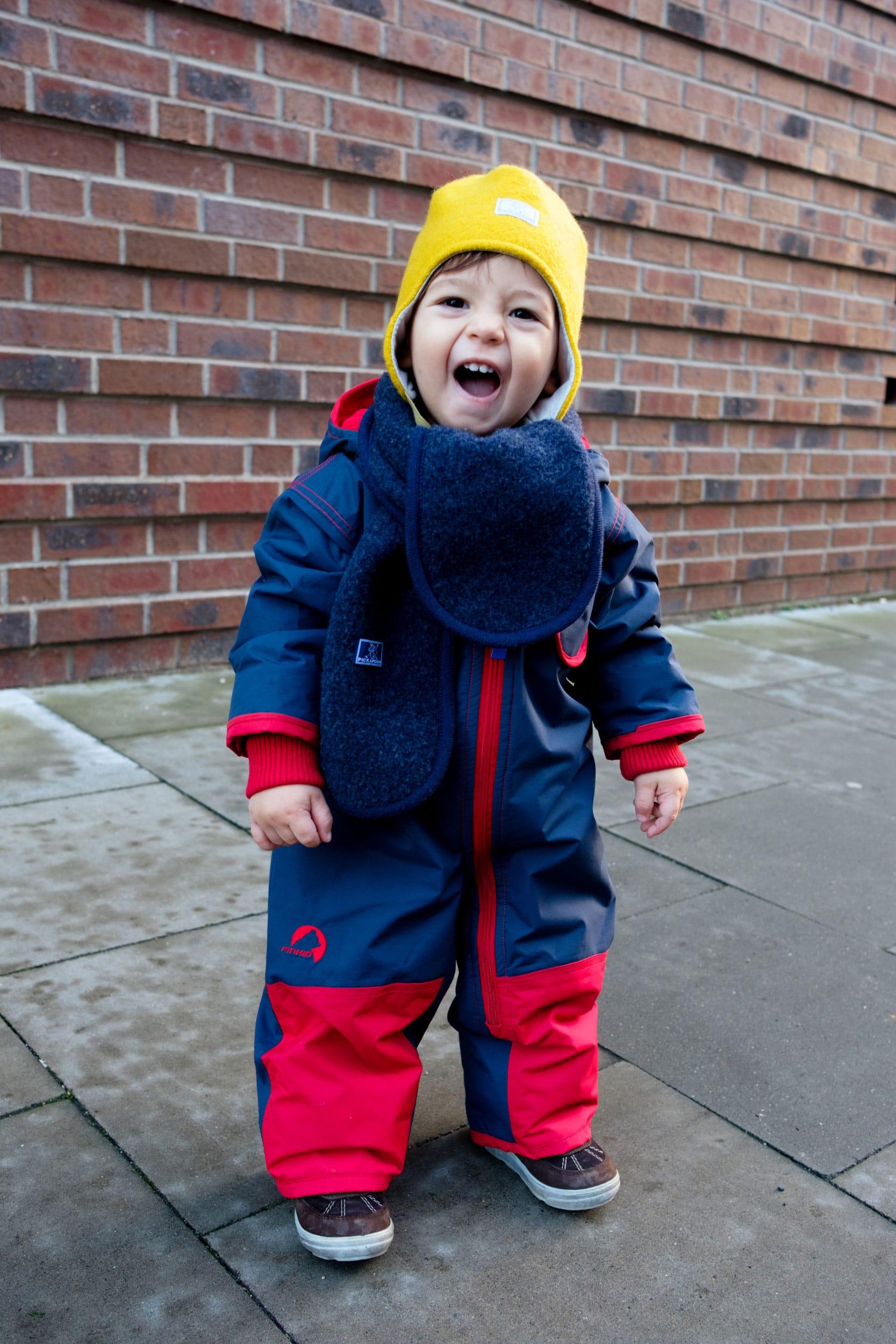 Was ziehe ich meinem Kleinkind im Winter an? | Kleine Kinder im Winter richtig anziehen | Winter Essentials | Baby | Kleinkind | Winterkleidung | Warme Kleidung | Schneeanzug | ivy.li